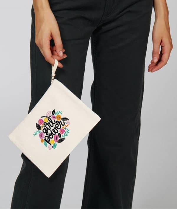 Mise en situation Pochette coton bio Girl Power